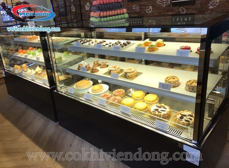 tủ trưng bày bánh kem nằm Trung Quốc