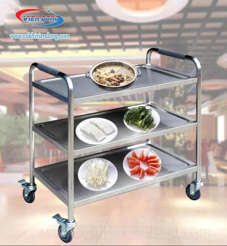 Xe để thức ăn trong nhà hàng