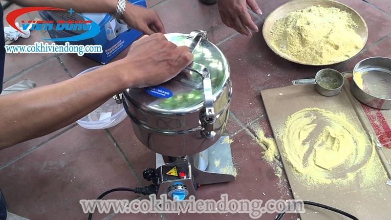 máy xay bột khô mini gia đình