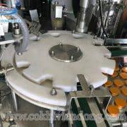 máy chiết rót và đóng nắp chai (5)
